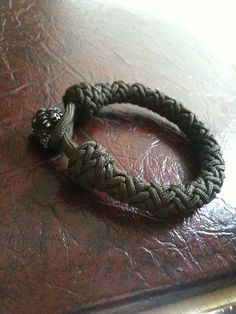 #paracord #bracelet                                                                                                                                                      More