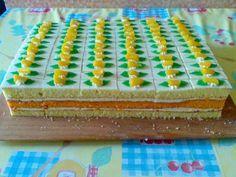 šťavnaté rezy s dobrou broskyňovou chuťou Czech Recipes, Birthday Cake, Birthday Cakes, Birthday Cookies, Cake Birthday