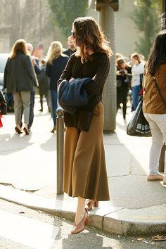 Неделя моды в Париже, весна-лето 2016: street style. Часть 3 (фото 23)