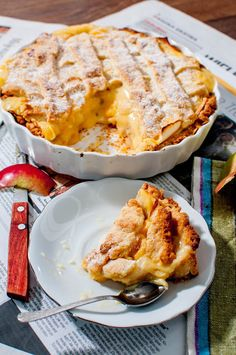 Delicious Personnel // Tart with custard and apple Healthy Deserts, Healthy Dishes, Easy Cooking, Cooking Recipes, Sweet Recipes, Cake Recipes, Polish Recipes, Cookie Desserts, Food Inspiration