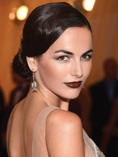 Dramatic and elegant. Giving great defintion. Perfect for the fall season. When going dramatic highlight one feature in case the lips. But good eyebrow shaping frame the eyes beautifully.