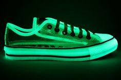 Glow-In-The-Dark Converse!!!!!!! Omg!!!!!