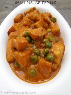 Recepty z Indie: Balti matar paneer Indian Cheese, Indian Food Recipes, Ethnic Recipes, India Food, Green Peas, Vegetable Recipes, Thai Red Curry, Good Food, Menu