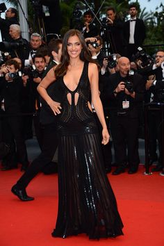 Irina Shayk Style, Dress Outfits, Fashion Dresses, Russian Models, Red Carpet Dresses, Fashion Photo, Supermodels, Celebrity Style, Celebs