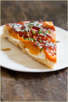טארט טאטן בטטות וגבינת עיזיםTarte tatin sweet potato and goat cheese