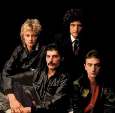 Queen are a British rock band formed in London in originally consisting of Freddie Mercury, Brian May, John Deacon, and Roger Taylor. John Deacon, Great Bands, Cool Bands, Music Is Life, My Music, Beatles, Queen Banda, Rock And Roll, Glam Rock Bands