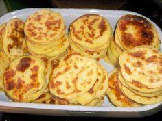 menšie,ako lokše.... Vegetable Pancakes, Potato Vegetable, Czech Recipes, Russian Recipes, Potato Recipes, Food To Make, Muffin, Food And Drink, Veggies