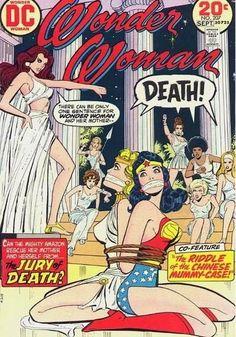 DC Comics Wonder Woman no September Bondage Cover Series Dc Comics, Star Comics, Old Comics, Vintage Comics, Vintage Art, Dc Comic Books, Comic Book Covers, Comic Book Characters, Comic Book Heroes