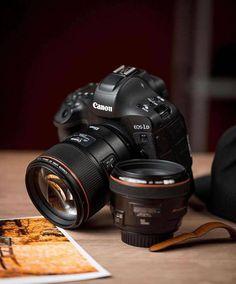Canon Camera Tips, Camera Hacks, Camera Gear, Canon Lens, Best Camera For Photography, Autumn Photography, Photography Poses, Camera Crafts, Camera Wallpaper