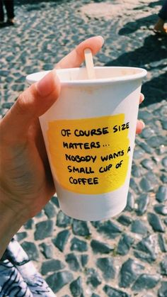 20 Ideas for funny sayings coffee pictures of Happy Vibes, Mood, Happy Colors, Mellow Yellow, Cute Quotes, Funny Sayings, Happy Thoughts, Positive Vibes, Body Positive