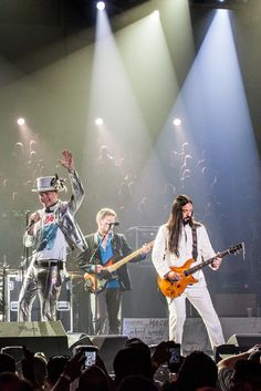 CBC's Tragically Hip Broadcast Praised By Canadians And Viewers Worldwide