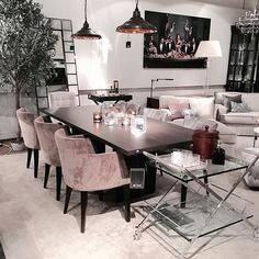 Some serious interior inspo at a furniture store in Gothenburg Room Interior, Home Interior Design, Interior Decorating, Decorating Ideas, Decorating Websites, Living Room Decor, Living Spaces, Dining Room Design, Home And Living