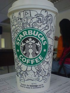 These simple drawings are really well placed to build up a picture Starbucks Crafts, Starbucks Art, Starbucks Drinks, Starbucks Coffee, Starbucks Cup Drawing, Starbucks Cup Design, Coffee Cup Art, Hot Coffee, Drawing Cup