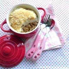Een makkelijk ovengerecht voor kinderen dat je zelfs een dag van tevoren kunt klaarzetten. Deze vis-venkelschotel is lekker met pasta maar ook met aardappelpuree. Recept op http://dekinderkookshop.nl/recepten-voor-kinderen/vis-venkelschotel-met-pasta/