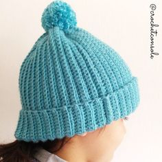Gorro a crochet para principiantes - Crochet con Sole Knitted Hats, Crochet Hats, Crochet For Beginners, Beginner Crochet, Crochet Projects, Homemade, Knitting, How To Make, Fashion