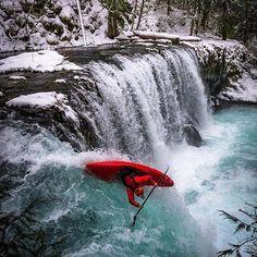 White Water Kayaks - Tips For Safe Kayaking - Kayak Sherpa Parkour, Whitewater Kayaking, Canoeing, Martial, Kayak Adventures, Outdoor Adventures, White Water Kayak, Kayaking Tips, Adirondack Park