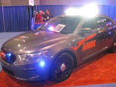 Same Ford Interceptor with the lights on!