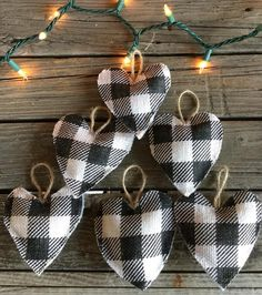 Christmas Family Feud, Plaid Christmas, Christmas Things, Primitive Christmas, Christmas Items, Fabric Christmas Ornaments, Christmas Crafts, My Funny Valentine, Valentines
