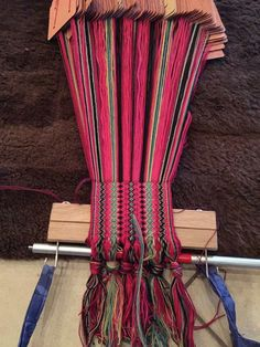 Inkle Weaving, Tablet Weaving, Weaving Textiles, Textile Fabrics, Tribal Dress, Folk Costume, Creative Inspiration, Old And New, Body Painting