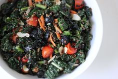 Blueberry, Quinoa, and Kale Salad This colorful salad has a bit of everything: blueberries, carrots, tomatoes, almonds, nori, kale, and quinoa, all blended with an Asian-inspired soy ginger dressing. Talk about eating the rainbow! Calories: 377
