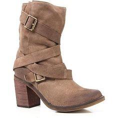 Jessie James Decker wearing Jeffrey Campbell France Boots