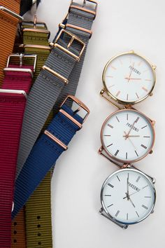The Parsonii interchangeable watch lets you choose! What color are you in the mood for?
