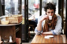 Um Raio De Sol Na Água Fria: Men In Style :Men in Scarves