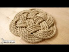 In this short tutorial I demonstrate how to make a round rope mat. This is a 7 bight, 3 part turk's head. As you will see it is very simple and fast to tie. ...