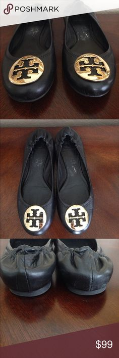 7ac189d759ea Shop Women s Tory Burch Gold Black size 8 Flats   Loafers at a discounted  price at Poshmark. Description  Tory Burch flats EEEUC