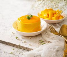 Μους μάνγκο από την Αργυρώ Μπαρμπαρίγου! Mango Verde, Mango Pudding, Food Categories, Puddings, Sugar Free, Panna Cotta, Curry, Gluten Free, Cooking Recipes