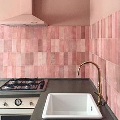 Peachy Keen! 🍑 With our Paloma Rose Gloss Subway! . . #nationaltiles #tiles #flooring #bestqualityguaranteedunbeatableprices