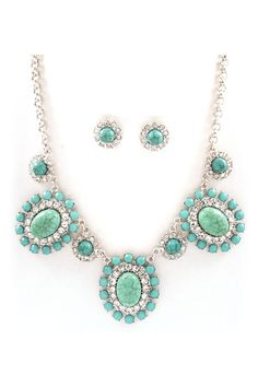 Bella Necklace & Earrings in Turquoise.