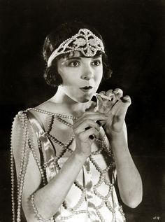 1920s Fashion: Colleen Moore