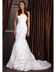 Vestido de Novia de Tafetán Artemis @ Vestidos de Novia Blog