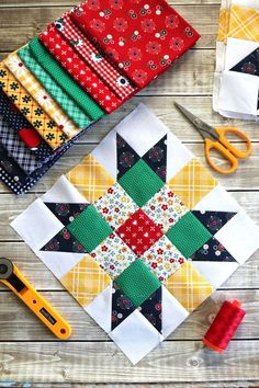 Sewing Block Quilts Free Quilt Block Tutorial - Free Sampler quilt tutorial from Amy Smart - Diary of a Quilter - featuring the the Meet the Maker quilt block patterns from Riley Blake Designs. Quilting Tutorials, Quilting Projects, Quilting Designs, Sewing Projects, Sewing Tips, Diy Projects, Patchwork Quilting, Scrappy Quilts, Quilt Patterns Free