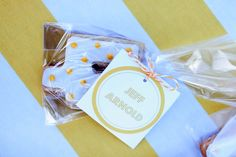 Escort Card Cookies ~ cute! Photography by emilyscannell.com