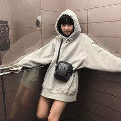 𝚢𝚞𝚖𝚒✿ Korean Street Fashion, Korea Fashion, Girl Fashion, Fashion Beauty, Cute Korean Girl, Asian Girl, Kawaii Dress, Uzzlang Girl, Korean Aesthetic
