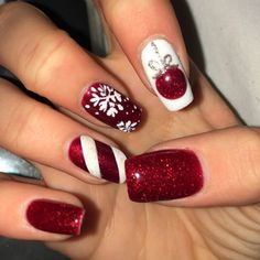 Glittery Red And White Christmas Nail Art