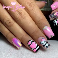 Acrylic Nails Coffin Pink, Coffin Nails, Animal Nail Art, Magic Nails, Nail Games, Cute Beauty, Nail Trends, Short Nails, Beauty Nails