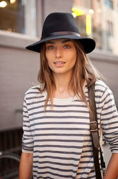 Stripe tee and fedora perfection