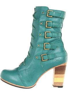 Caterpillar – Xtreme Teal: $63.00, 70% off! (normally 209.95)    Take your style to the Xtreme in this edgy Caterpillar® boot.   Part of the Shontelle Collection. Full grain leather upper, also available in gorgeous black and yellow!