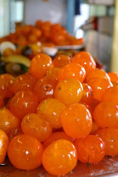 This photo from Provence-Alpes-Cote-dAzur, South is titled 'Retour à Nice'. Chutney, Kumquat Recipes, Candied Fruit, Fruit And Veg, French Food, Cute Food, Sweet Recipes, Cooking Recipes, Cote Dazur