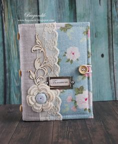 gift wrap and decorate scrapbooks for yourself or for a gift to someone pecial Handmade Notebook, Handmade Journals, Mini Albums, Mini Album Scrapbook, Diy Notebook Cover, Homemade Books, Fabric Book Covers, Fabric Journals, Journal Covers