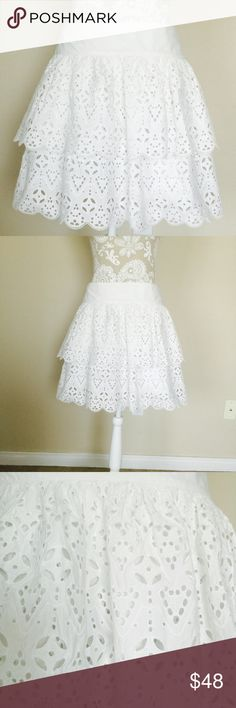 Banana republic laser cut teared skirt Brand new with tag. 100% cotton, lining 100% cotton. Banana Republic Skirts Midi