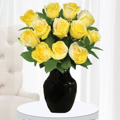 Pot of Gold Roses 12 Stems with Black Vase www.TheUltimateRose.com