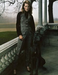 Photographed by Annie Leibovitz for Givenchy Fall/Winter 2001-2002 campaign. Model: Kirsten Owen.