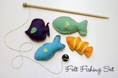 Naturally Chic Mama: DIY Magnetic Felt Fishing Set