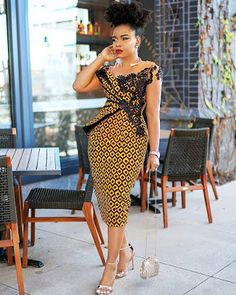 2020 African print dresses are ever available for flawless looks and fashion trends keep changing with time, this is why I've selected these latest styles to African Wear Dresses, African Fashion Ankara, Latest African Fashion Dresses, African Print Fashion, African Attire, African Outfits, Ankara Mode, Outfit Stile, Trendy Ankara Styles
