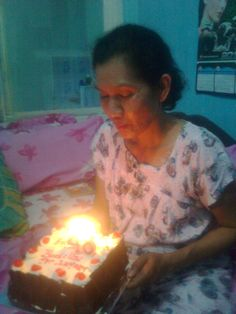 my Mom Birthday, one year Ago :D she's look tired..