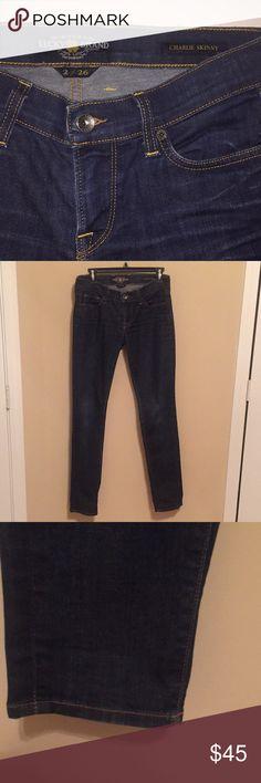 Lucky Brand Charlie Skinny Dark Wash Size 2/26 Lucky Brand Jeans Skinny